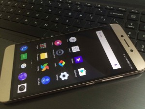 LeEco Le 2 Display